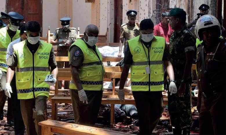 Les autorités ont annoncé dans un nouveau bilan qu'au moins 310 personnes ont été tuées dans les attentats qui ont visé des hôtels et des églises.               Ph. AFP