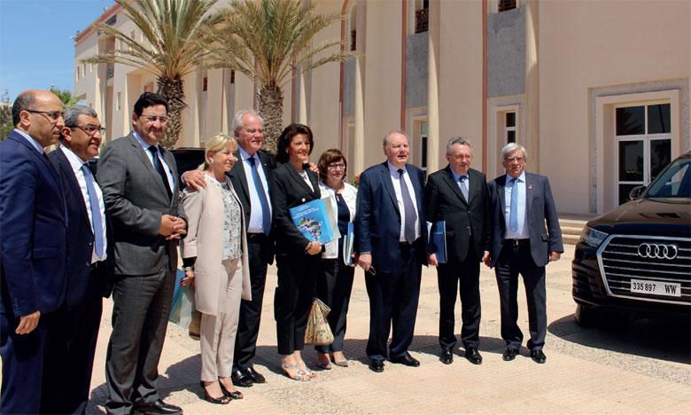 Une délégation du groupe d'amitié parlementaire France-Maroc a effectué une visite, lundi dernier à Dakhla, en vue de s'informer des potentialités économiques et des opportunités d'investissement dans la région Dakhla-Oued Eddahab.