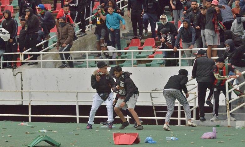 Désolant ! Les dégâts au match AS FAR-RSB en images