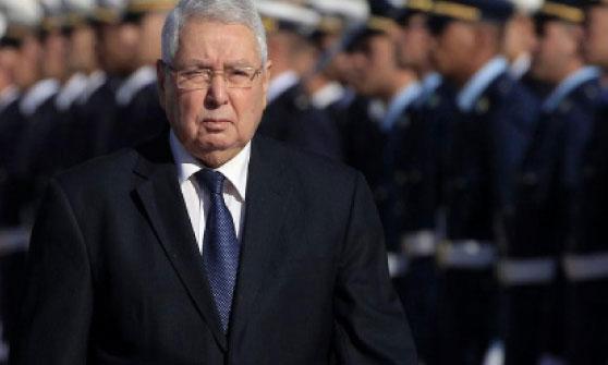 Selon la Constitution algérienne, c'est Abdelkader Bensalah, président du Conseil de la Nation, qui assurera la transition qui ne peut excéder 3 mois et ne pourra pas être candidat à l'élection présidentielle qui suivra. Ph. Reuters