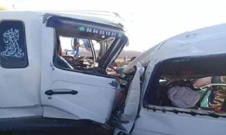 Plusieurs ouvriers agricoles périssent dans un accident de la route