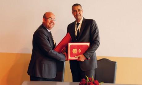 Le Crédit Agricole et le département des Eaux et forêts signent un partenariat