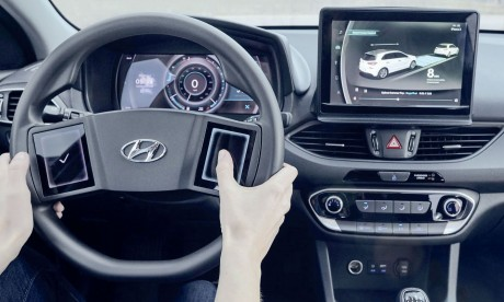 Hyundai prépare ses futurs postes de conduite