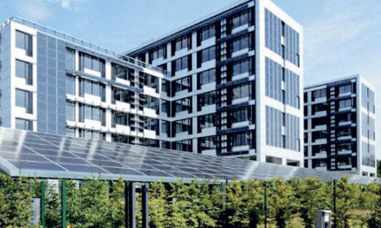 L'étude définira les critères de la construction bioclimatique et les outils de mise en œuvre au cours des différentes étapes d'un projet de bâtiment public.