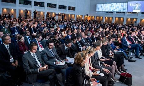 Les pays membres du FIT adoptent la «déclaration ministérielle sur  la connectivité des transports»