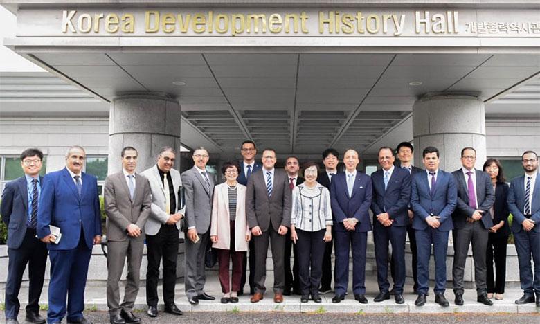 Les responsables marocains scrutent les expériences  de l'Inde et de la Corée du Sud