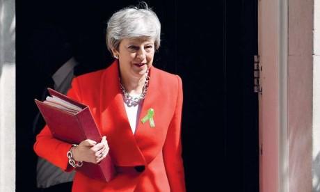 La Première ministre britannique avait déjà échoué à trois reprises depuis la mi-janvier à faire adopter l'accord de retrait négocié avec les Européens.  Ph. AFP