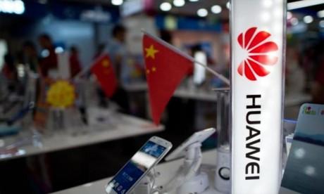 Report du lancement de nouveaux smartphones Huawei
