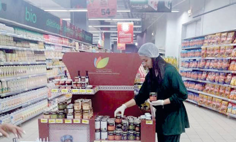 Les postes de marchandisage à créer par Sales Up Maroc permettront de veiller sur la disponibilité tout au long de l'année des produits du terroir dans les magasins GMS signataires des conventions de partenariat avec le département de l'Agriculture.