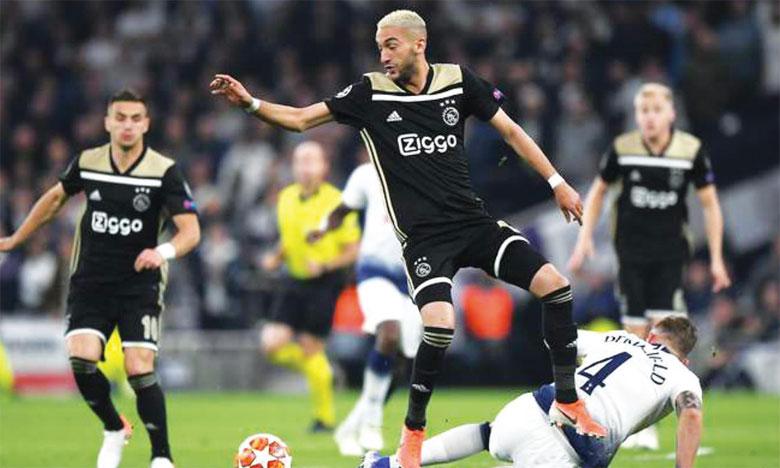 Le numéro 22 de l'Ajax est une vraie machine de création d'occasions et un joueur engagé dans les tâches défensives.