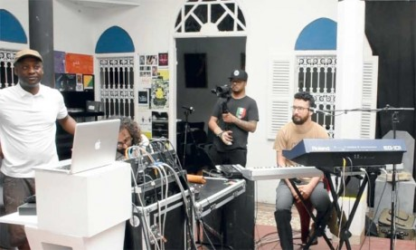 Les musiciens collaborent en parfaite symbiose. Ph. Kartouch