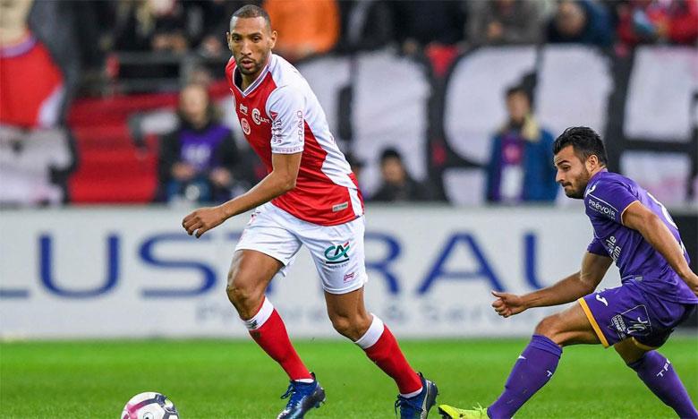 Yunis Abdelhamid dans l'équipe type
