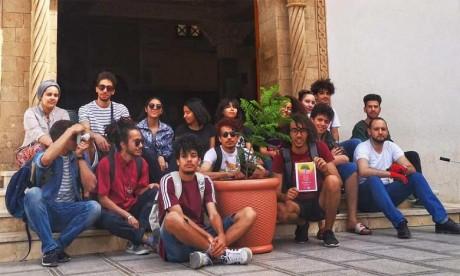 À Oujda, comme dans les autres villes, les jeunes s'en sont donné à cœur joie pour mener à bien cette initiative.