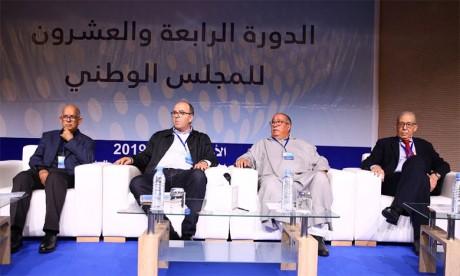 Hakim Benchamach se débarrasse de Ahmed Akhchichine, le numéro deux du PAM