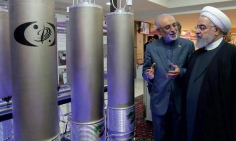 Le Président iranien, Hassan Rohani, avec le directeur de l'Agence nucléaire iranienne, Ali Akbar Salehi, lors de la journée  de l'énergie nucléaire le 9 avril 2019 à Téhéran.                      Ph. AFP
