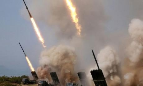 Le leader nord-coréen Kim Jong-un a supervisé des tirs multiples