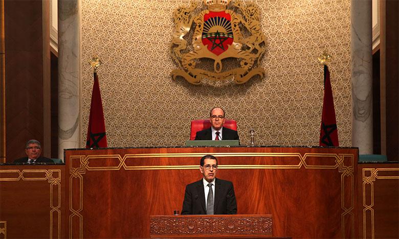 El Otmani répondant à une question lors de la séance mensuelle de la Chambre des conseillers consacrée à la politique générale.