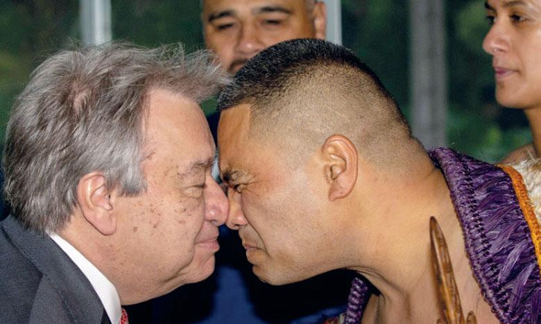 Le secrétaire général de l'ONU, Antonio Guterres, à Auckland en Nouvelle-Zélande où il a participé à une cérémonie d'accueil Maori. Ph. AFP