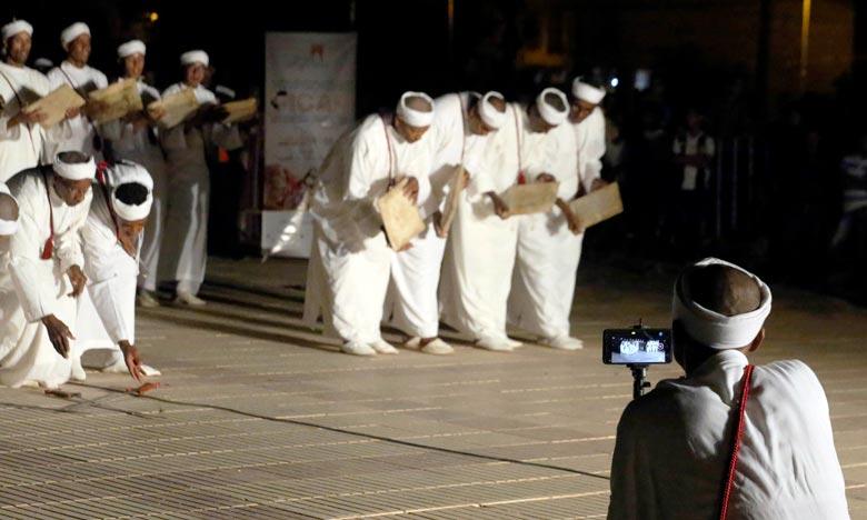 Le nombre de festivals nationaux de patrimoine, consacrant les valeurs de la diversité culturelle, ont augmenté de 23 à 31 en 2019. Ph : MAP