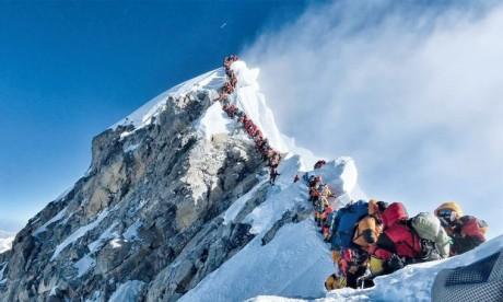 Quatre nouveaux morts sur une montagne embouteillée