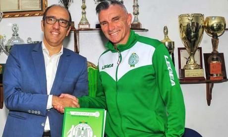 Patrice Carteron prolonge son contrat avec le Raja de Casablanca