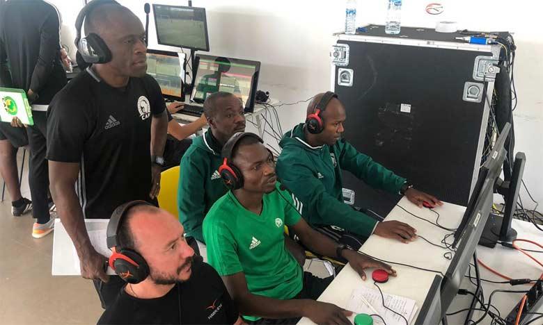 Une cinquantaine d'arbitres ont suivi un cours préparatoire pour la CAN, pendant une semaine à Rabat.