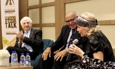 Hommage à André Azoulay et Raymonde Abecassis pour leur contribution à la promotion de la paix et la compréhension entre les peuples