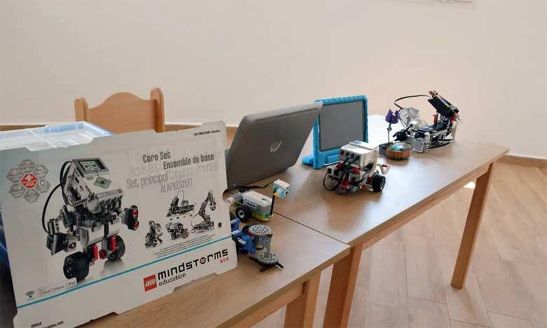 Les élèves de l'école Alexender Fleming ont droit à plusieurs activités comme la robotique, des ateliers d'éveil scientifique, de cuisine et de jardinage.