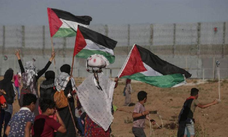 Les forces israéliennes arrêtent 14  Palestiniens en Cisjordanie et à Al-Qods