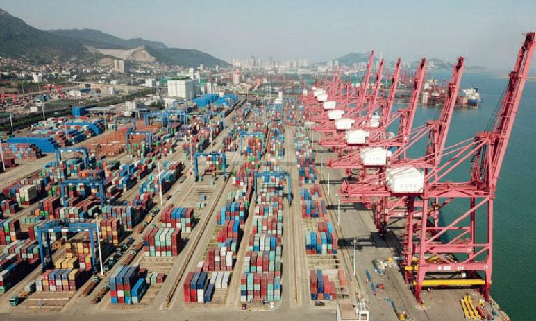 L'excédent commercial chinois divisé par plus de 2 en un mois