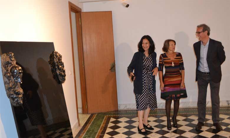 Les œuvres de 13 artistes italiens contemporains nourries par des matériaux ancestraux