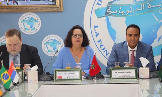 Latifa Akharbach met en exergue le rôle  de la HACA dans l'approfondissement  du processus démocratique