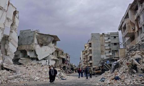 28 morts dans des raids russes et syriens
