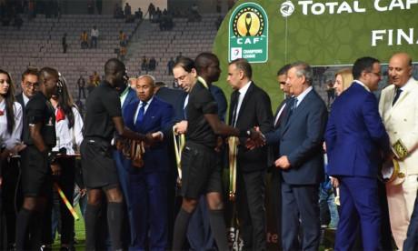 Une réunion d'urgence de la CAF, un véritable leurre