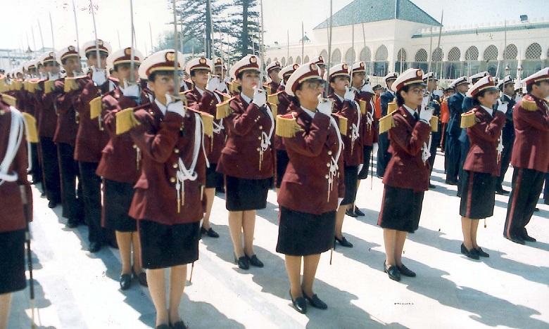 Plus de 13.000 filles volontaires au service militaire