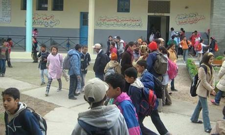 Lancement de l'opération «Child to Child»  au collège «Achourouq»