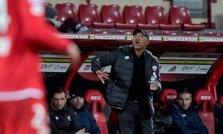 L'entraîneur de Dijon jette l'éponge