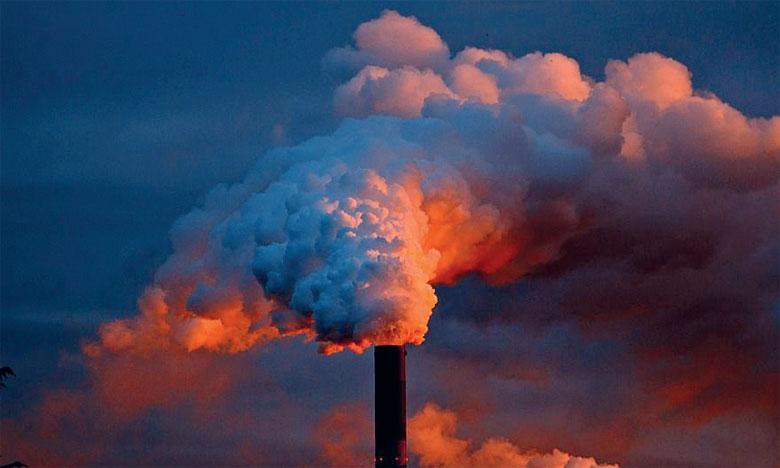 Les entreprises doivent baisser leurs émissions de CO2 de 45%