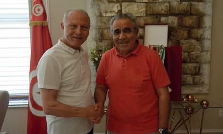 Faouzi Benzarti en compagnie du président de l'Étoile du Sahel
