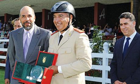 Le Colonel Zakaria Boubouh remporte le Grand Prix de Sa Majesté le Roi Mohammed VI