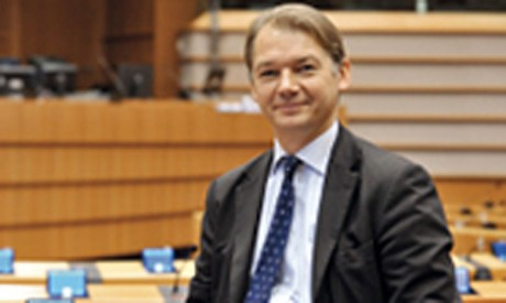 «Il ne faut pas compter sur les Verts pour assurer  la majorité au Parlement sans que l'on soit à la Commission», a exigé M. Lamberts.                 Ph. DR