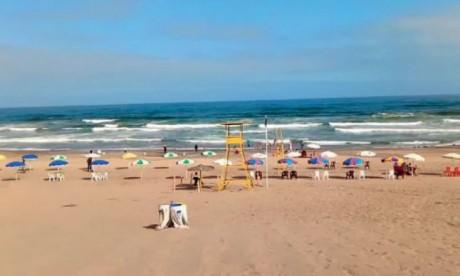 Véritable site enchanteur, la grande plage située dans la commune rurale d'El Haouzia offre  aux visiteurs un panorama des plus saisissants.