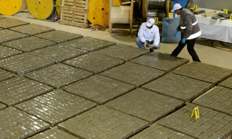 Plus de 5 tonnes de chira saisies à Tanger-Med
