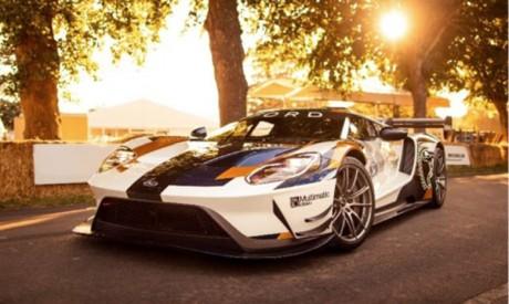 Grâce à ces modifications aérodynamiques, la GT Mk II génère plus de 400% d'appui supplémentaire par rapport à la Ford GT et peut encaisser 2G dans les courbes.