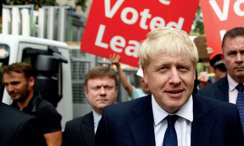 Boris Johnson succède à Theresa May et devient Premier ministre