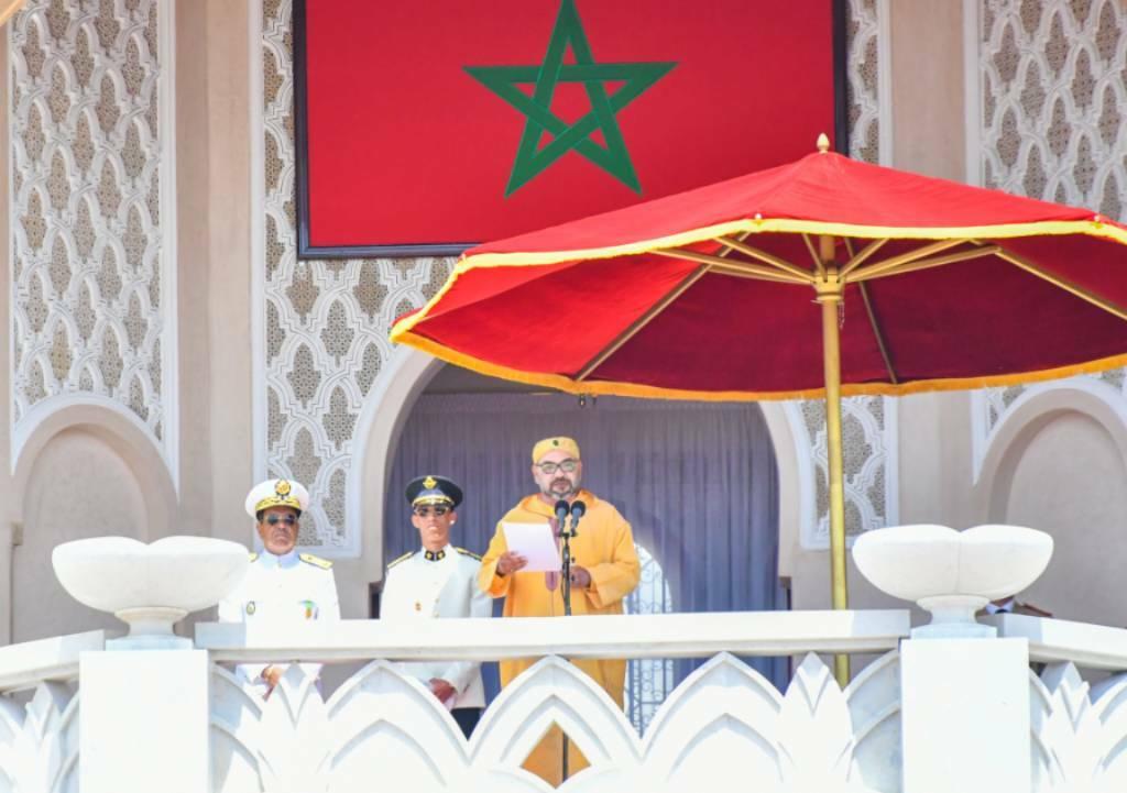 S.M. le Roi préside à Tétouan la cérémonie de prestation  de serment des officiers lauréats des grandes écoles militaires et paramilitaires