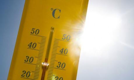 Ces fortes chaleurs vont gagner la France entre mardi et jeudi et c'est à partir de vendredi qu'une baisse significative interviendrait par l'ouest. Ph. AFP