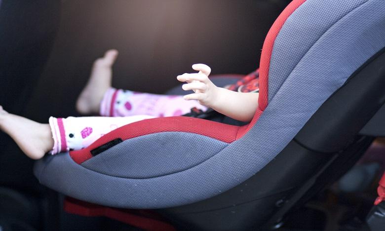 France: un bébé oublié dans une voiture, son pronostic vital engagé