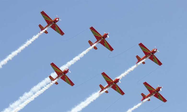 Les Forces Royales Air organisent des shows aériens sur la côte méditerrannéene