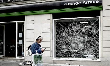 """France : Incidents """"inacceptables"""" en marge de la victoire de l'équipe de foot d'Algérie"""